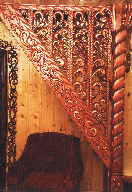 Готовая деревянная лестница К-002 Зодчий из березы и дуба